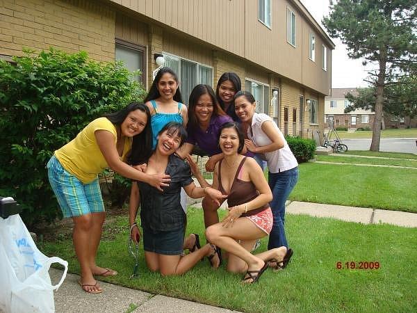 elsas-friends-4.jpg